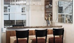 New Seine Hotel Wine Bar