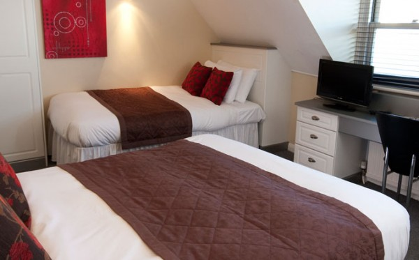 Triple & Family Rooms